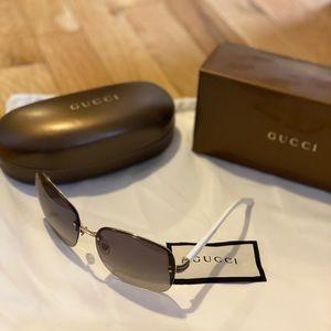 Gucci Sunglasses (GG 2897 S) *Broken Leg*